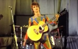 David Bowie performs Ziggy Stardust in Dunstable 1972
