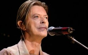 "David Bowie performs America and ""Heroes"" at the Concert for New York City in 2001"