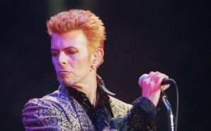 David Bowie celebrates his 50th birthday at New York's Madison Square Garden in 1997